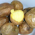 <b>Почему картофель в мундире полезнее?</b>
