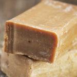 <b>Как применяют хозяйственное мыло в лечебных целях?</b>
